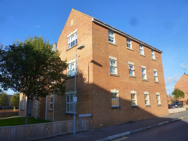 2 Bedrooms Flat for sale in Sandalwood Road, Westbury